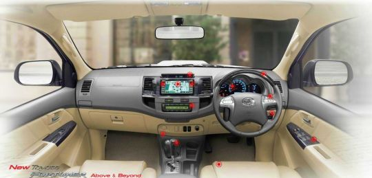 2012 2013 Toyota Fortuner dashboard