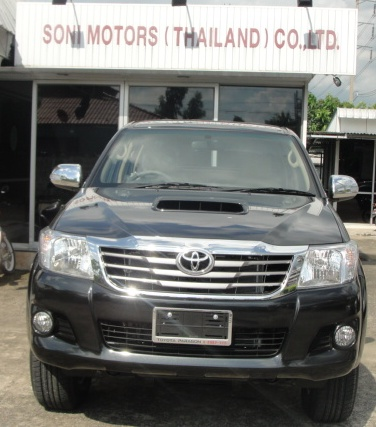 2012 Vigo Toyota Hilux front is redesigned. Available at Thailand top 4x4 delaer Soni motors thailand