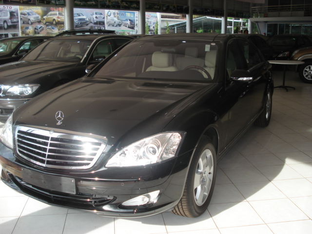 Soni is Asia's largest exporter of Left Hand Drive Mercedes